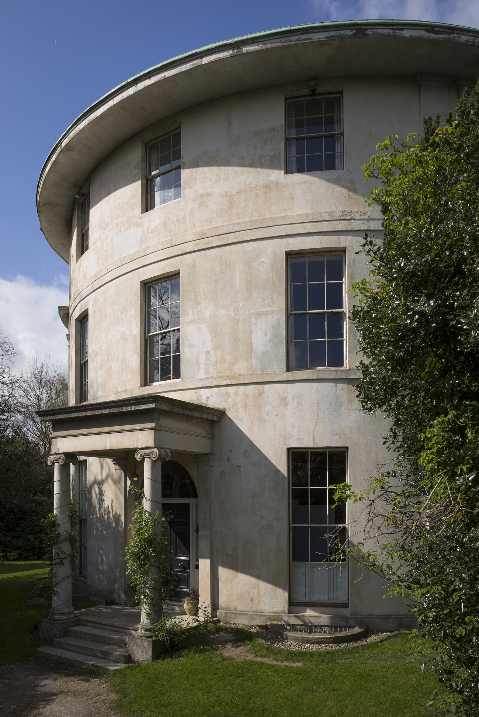 The Round House - Havering-atte-Bower